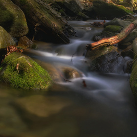 Nad vodopádem Satina