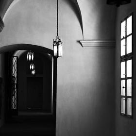 Pět světel k temnotám...