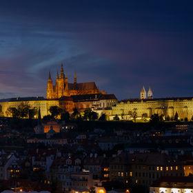 Praha v modré hodince