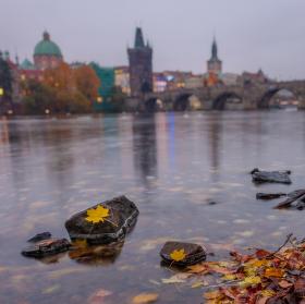 Podzimní Karlův most