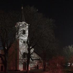 Večerní kostel