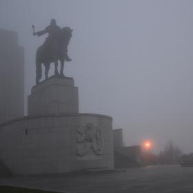 Mlhavý podvečer na Vítkově