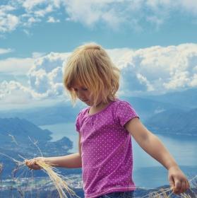 Zoe na Monte Lema