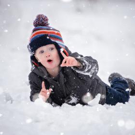 Ty joo fakt padá sníh :)