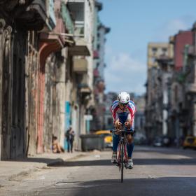 Moderní cyklistika VS nemoderní, ale krásná Havana