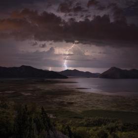 Bouře nad Skadarem