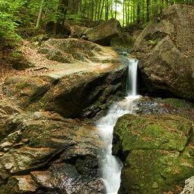 Hrazený vodopád