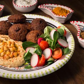 Falafel s hummusem