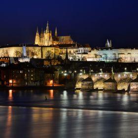 Pražský hrad v modré hodině