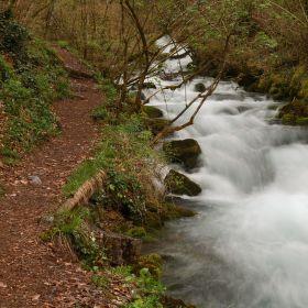 Jarní tání na řece Bastareny