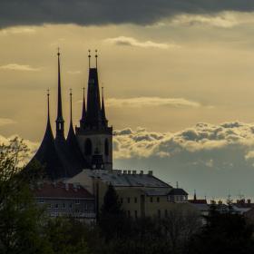 Nebe se otevřelo nad kostelem sv. Mikuláše