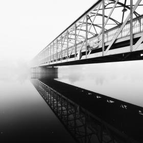 Železný most v mlze ...