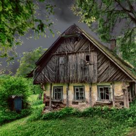 Chaloupka v Podkrkonoší
