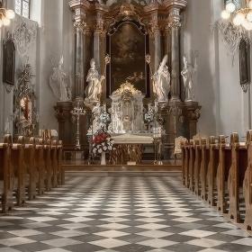 Kostel sv.Jana a Pavla