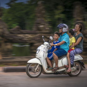 Motorkou celá rodina