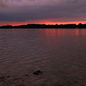Podvečer u Horusického rybníka.