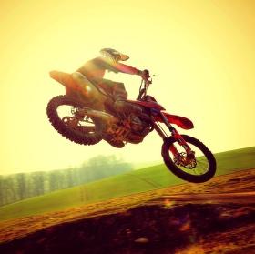 Miluju motokros ! :)