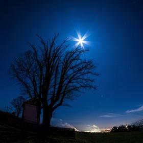 Měsíc na dlani