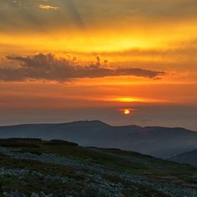 Krepuskuly při západu Slunce 2
