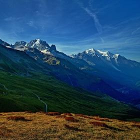 nerozlučná dvojice...Mont Blanc (4810m) a Aiguille Verte (4122m)