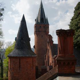 hradní věže