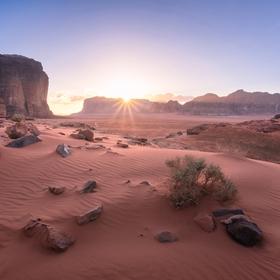 Západ slunce ve Wadi Rum