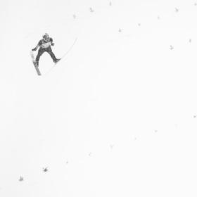 Sněží a sněží