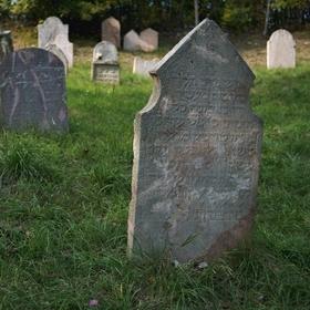 ...židovský hřbitov...III.