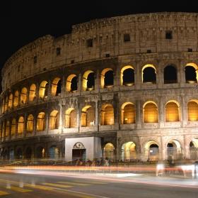 Noční Koloseum