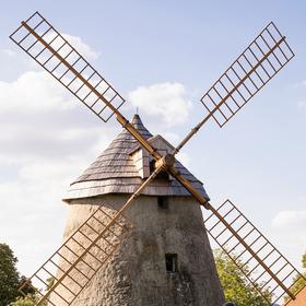 Větrný mlýn Kuželov
