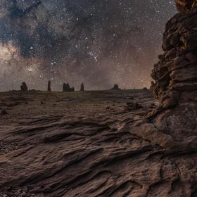 Mléčná dráha v saúdskoarabské poušti