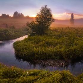 Meandr Křemelné při ranním světle