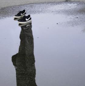 Tomášku, nechal sis tu boty!