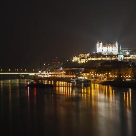 Bratislavský most a Děvín