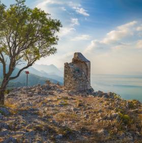Chorvatsko, Zivogosce Sv. Petar (350m.n.m)