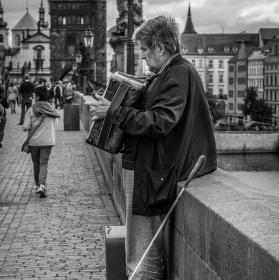 S hudbou na Karlově mostu