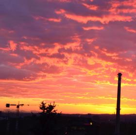 východ slnka nad Prahou
