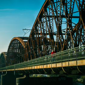 Železníční most