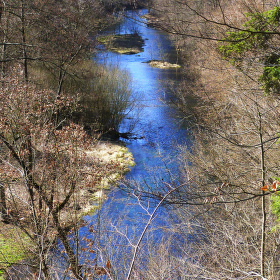Údolí řeky Moravice pod osadou Zálužné