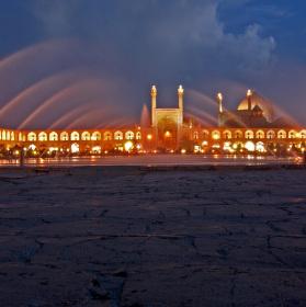 Večerní Esfahan
