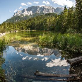 Frillensee pod horou Zugspitze