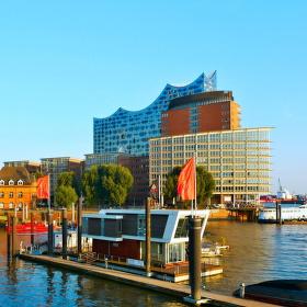 Hamburg v záři zapadajícího slunce