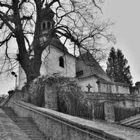 Kostel starší než celý Karlštejn