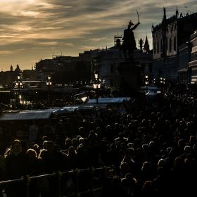 Davové šílenství, aneb karneval v Benátkách