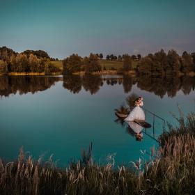 Někde uprostřed rybníka...