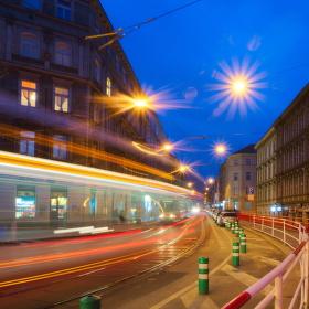 Obyčejný příběh večerní ulice