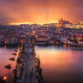 Záře nad Prahou