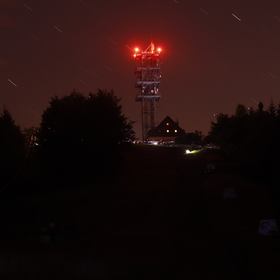 Noční foto Javorového vrchu