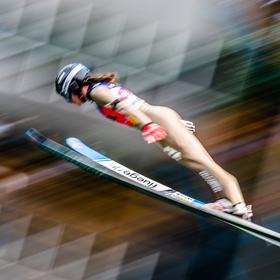 Světový pohár žen ve skocích na lyžích