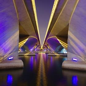 Mostová symetrie